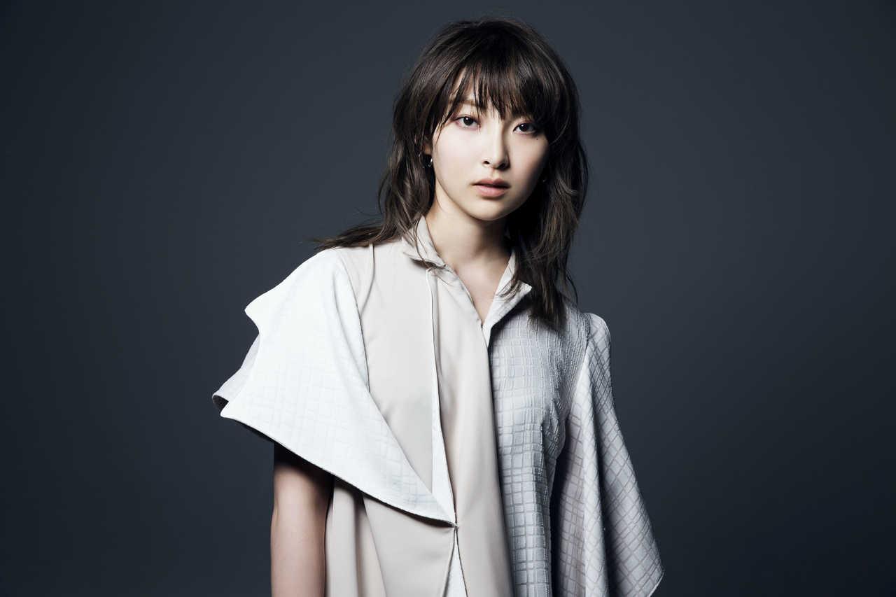 家入レオ NEWアルバム「DUO」発売記念イベントで 「Prime Numbers」をライブ初披露!