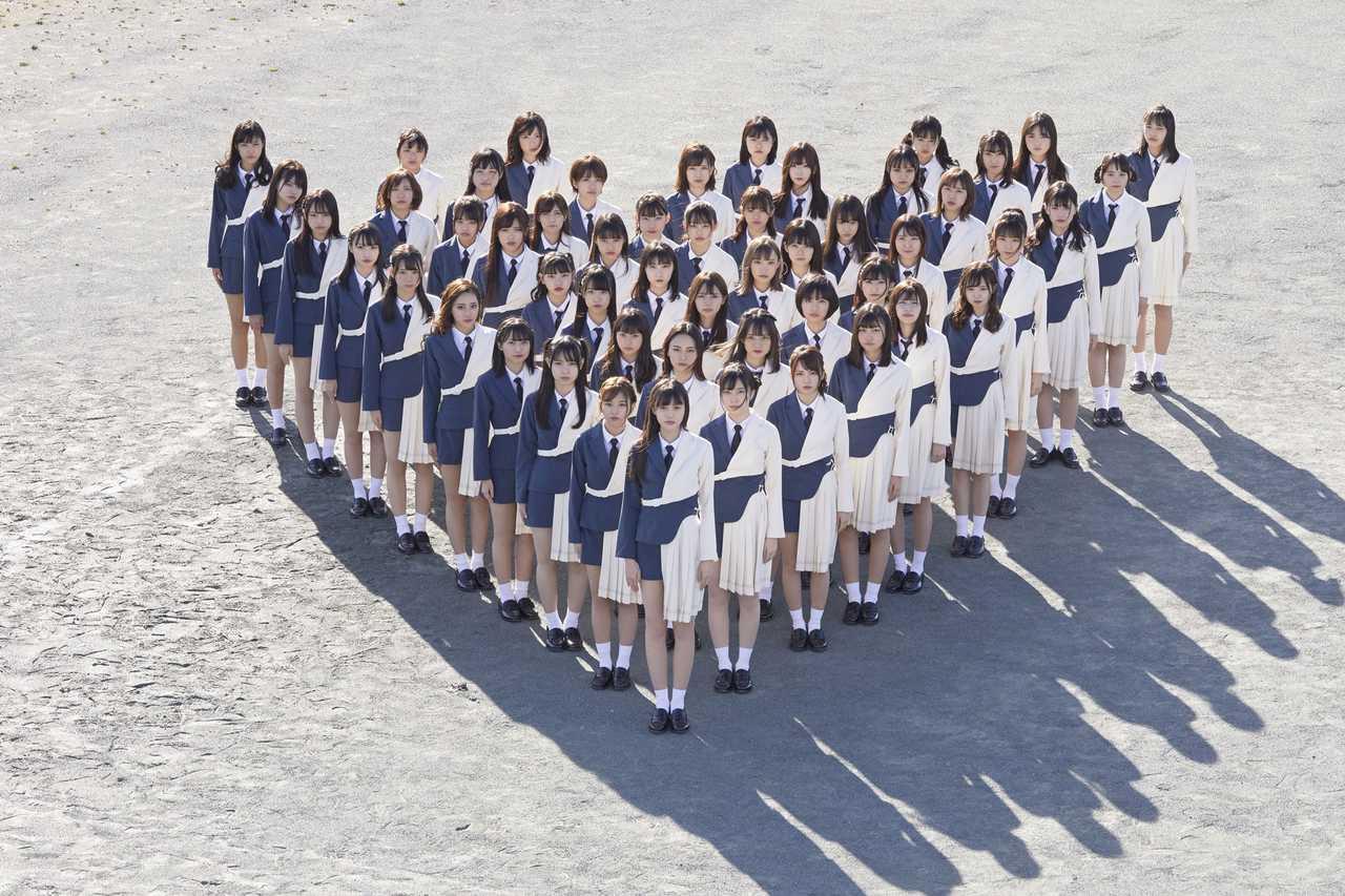 ラストアイドル  Rakuten GirlsAward 2019 SPRING/SUMMERに52名でのパフォーマンス出演が決定!