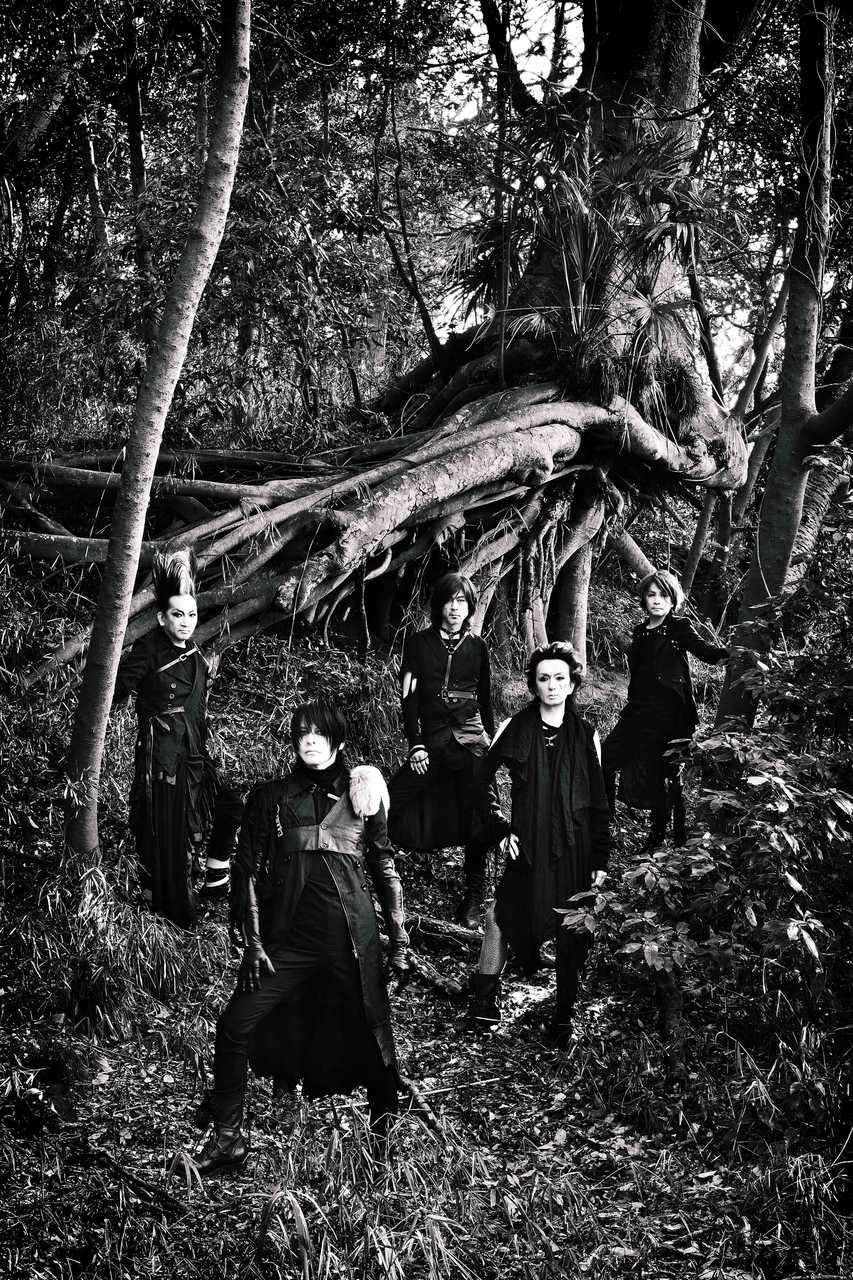 新曲「獣たちの夜」の15秒スポット初公開! そして、地元高崎で初公開となるポスター展開を実施!