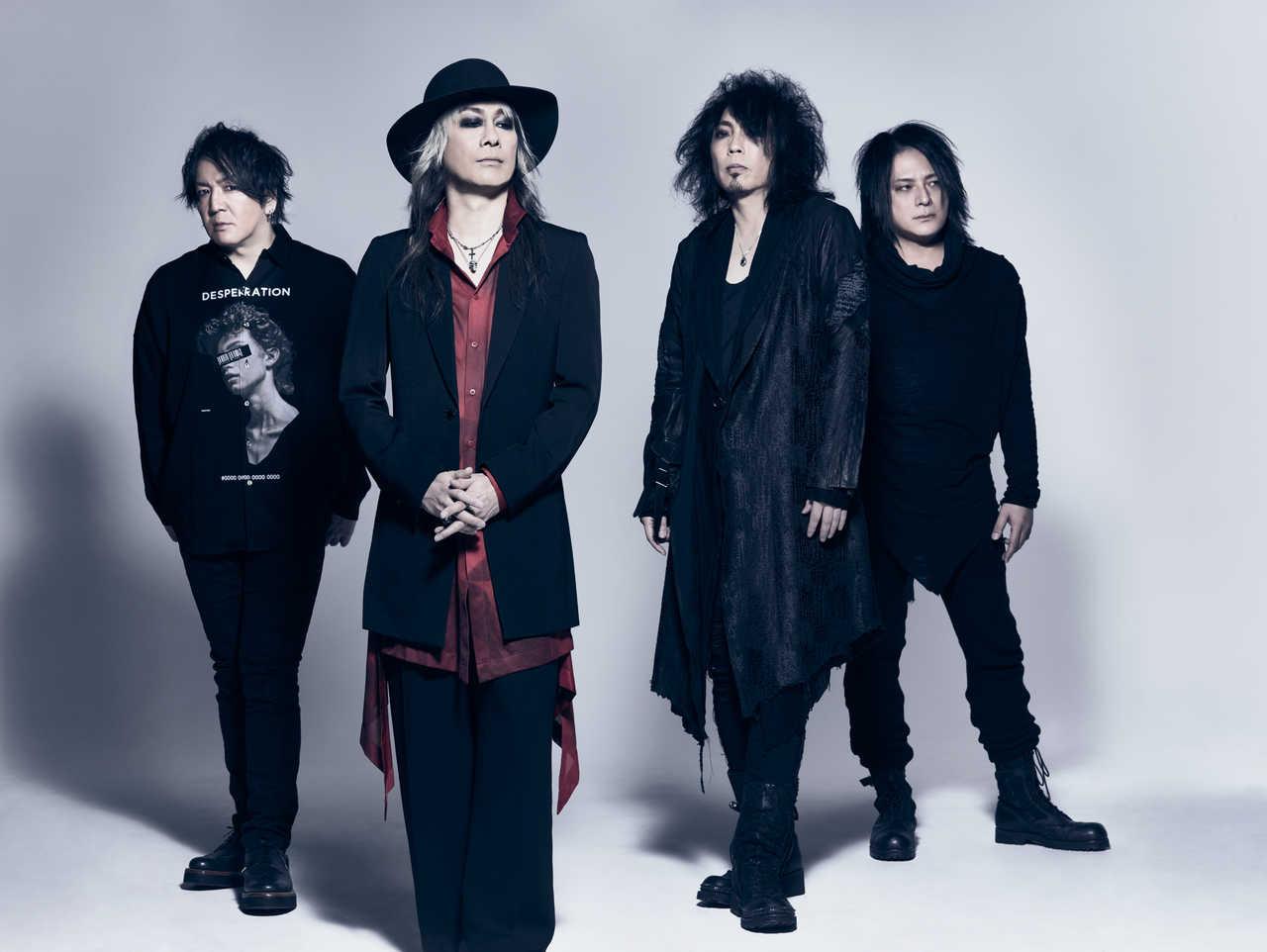 L→R Tetsu(Dr)、kyo(Vo)、SEELA(Ba)、CIPHER(Gu)
