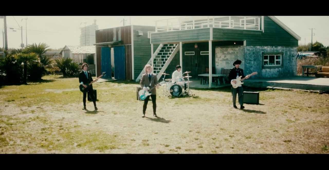 ドラマチックアラスカ、ラジオへの想いを描いた新曲MV「for you!!」公開。