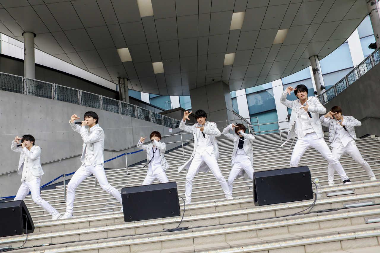 7月21日@ダイバーシティ東京プラザ フェスティバル広場 photo by 小坂茂雄