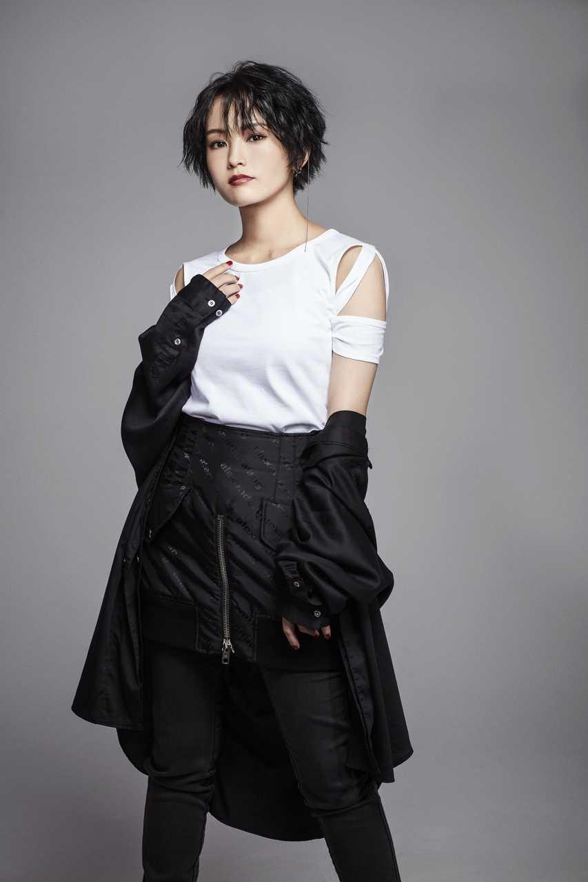 山本彩 2nd Singleのタイトルは「棘」。新アーティスト写真・ジャケット写真も同時公開!