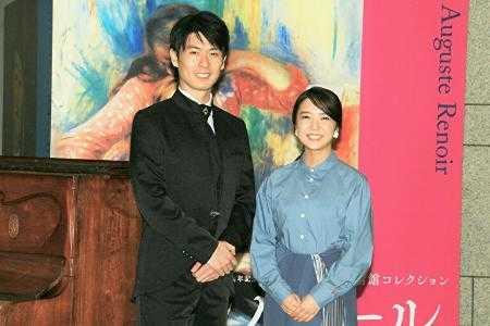 音声ガイドのピアノ演奏を担当する福間洸太朗氏(左)とナビゲーターを務める上白石萌音