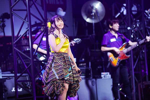 水樹奈々 ライヴレポート】『NANA MIZUKI LIVE EXPRESS 2019』2019年9 ...