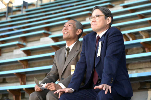 金栗四三役の中村勘九郎(左)と田畑政治役の阿部サダヲ