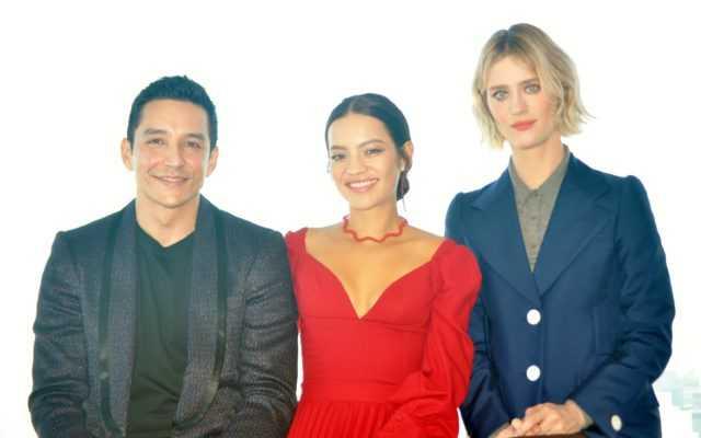 (左から)ガブリエル・ルナ、ナタリア・レイエス、マッケンジー・デイビス
