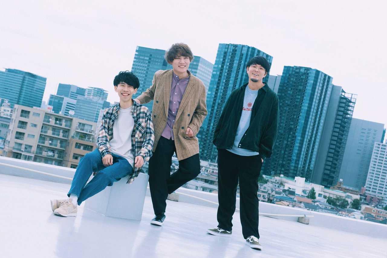 The Floor、新曲「Candy」先行配信、MV公開!TikTokで話題のライブ映像も!