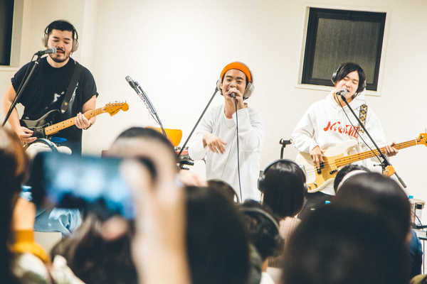 11月3日@Red Bull Music Studios Tokyo POP-UP in Shibuya (okmusic UP's)