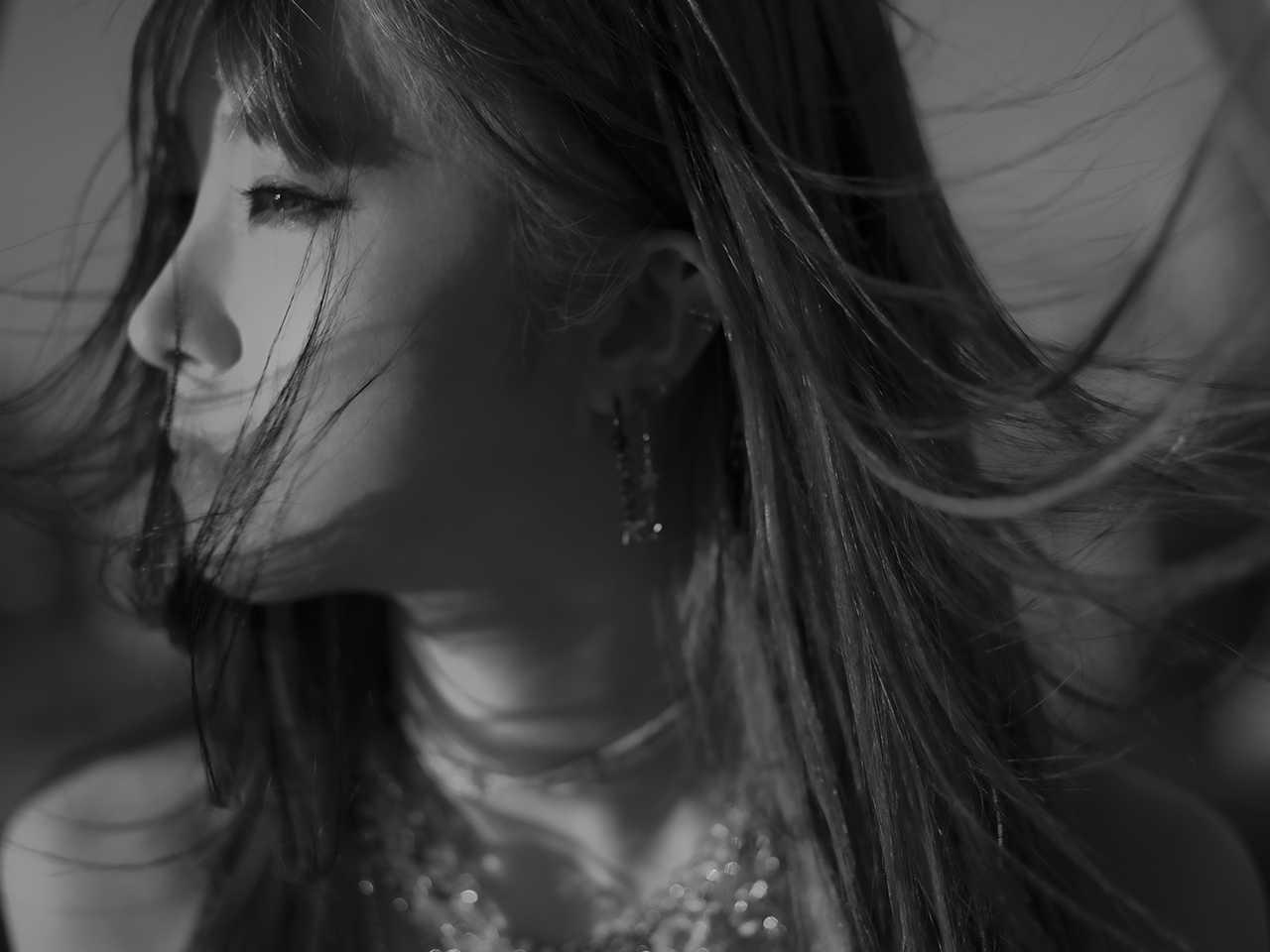 LiSA、シングルカップリング曲「ハウル」のMV公開&AbemaTV特番用特典情報解禁!