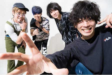 今注目の「ラックライフ」は青空が似合うロックバンド!