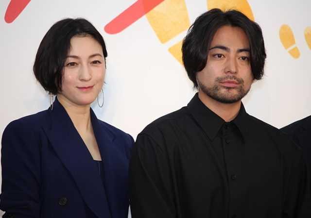 広末涼子(左)と山田孝之