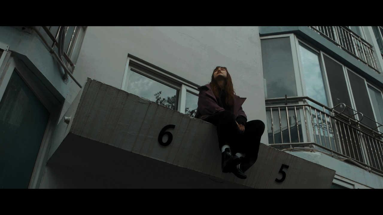 「Walk on」MV