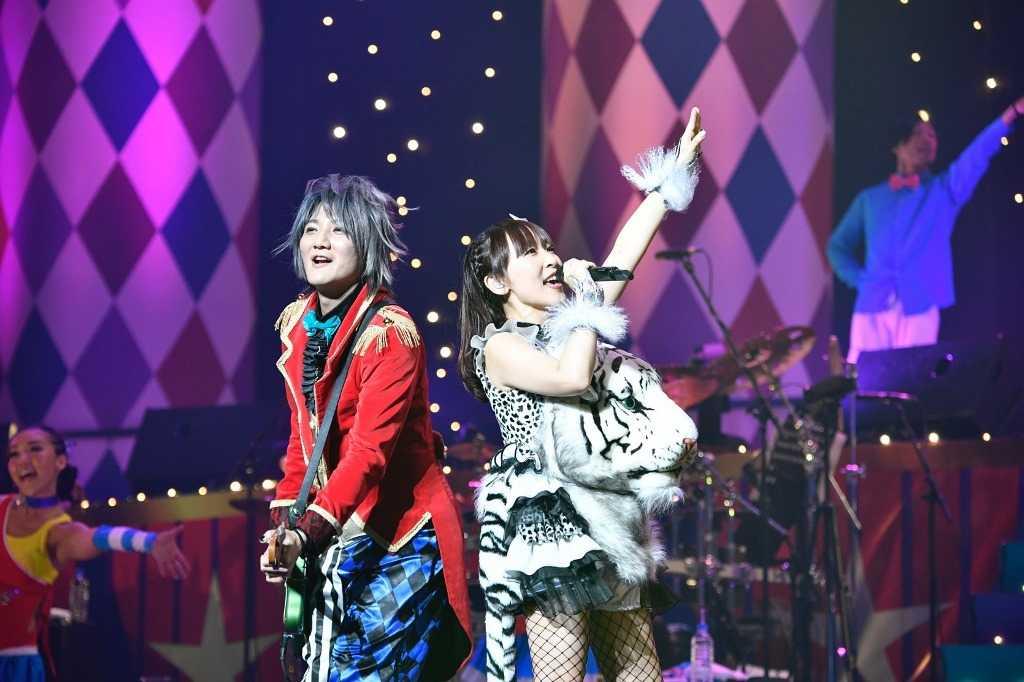 『angelaのミュージック・ワンダー★特大サーカス in 日本武道館』