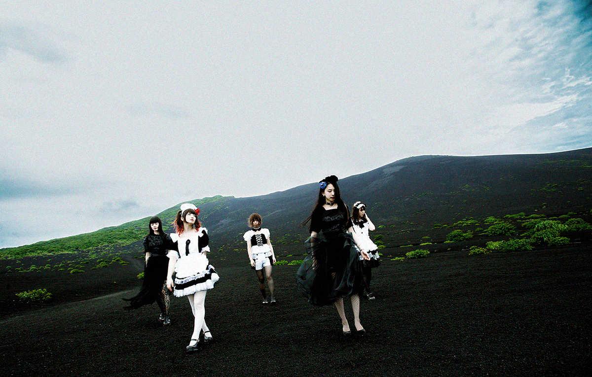BAND-MAID、5月10日「メイドの日」に新音源をサプライズ無料配信!