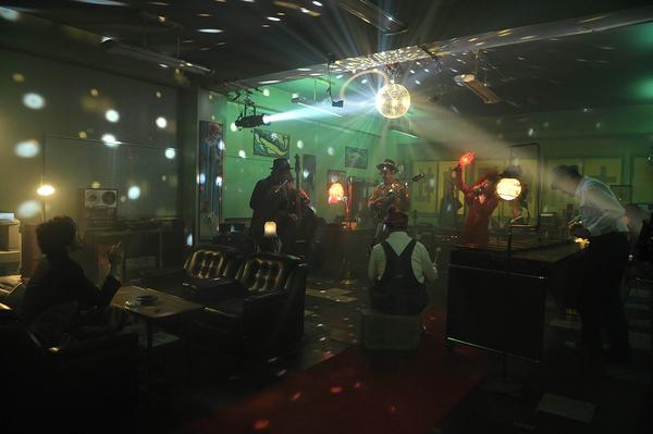 EGO-WRAPPIN' 、ドラマ「リバースエッジ 大川端探偵社」OP映像を「Neon ...