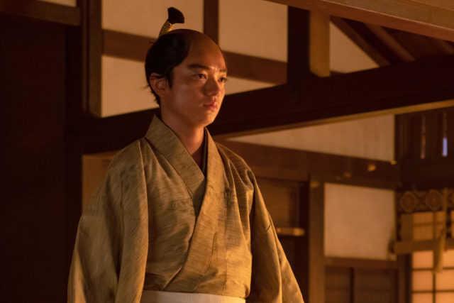 織田信長役の染谷将太