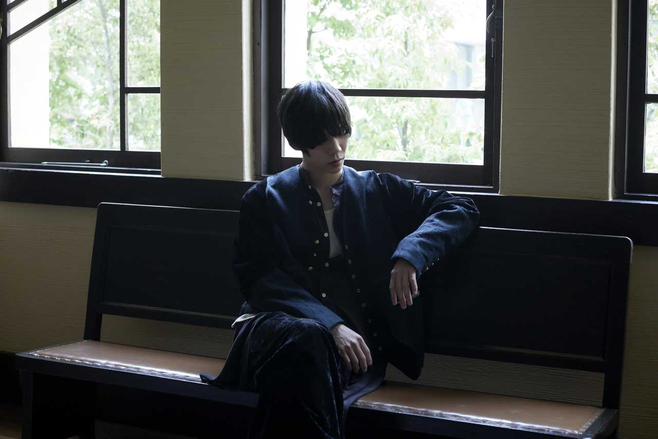 Sano ibuki、1st EP『SYMBOL』より自身が手がけた新作MV「ファーストトイ」を公開!