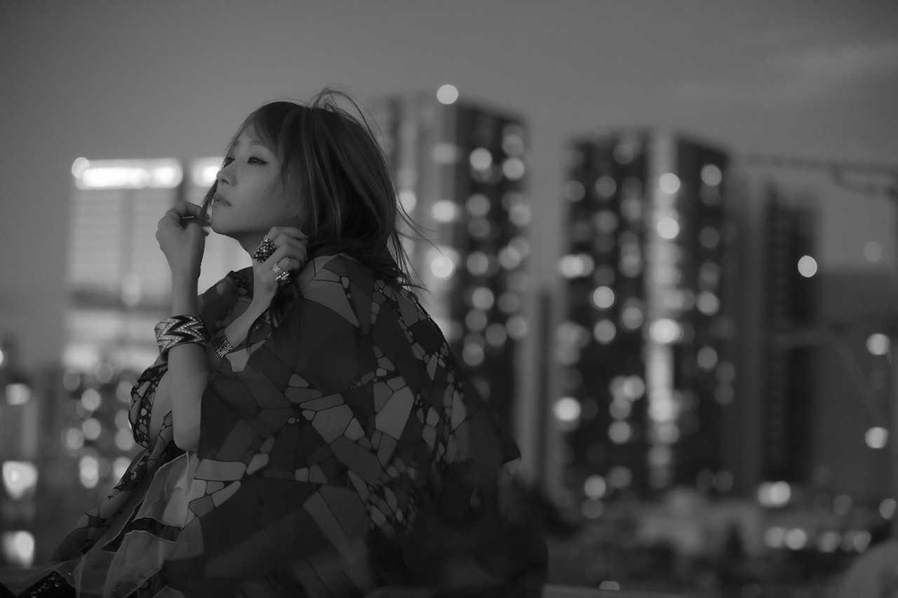 LiSA、初のドラマ主題歌「愛錠」リリックビデオをYouTubeでプレミア公開!