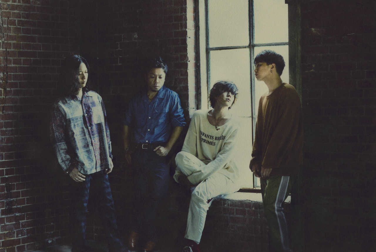LAMP IN TERREN、ニューアルバム「FRAGILE」初回盤DVD収録曲解禁!
