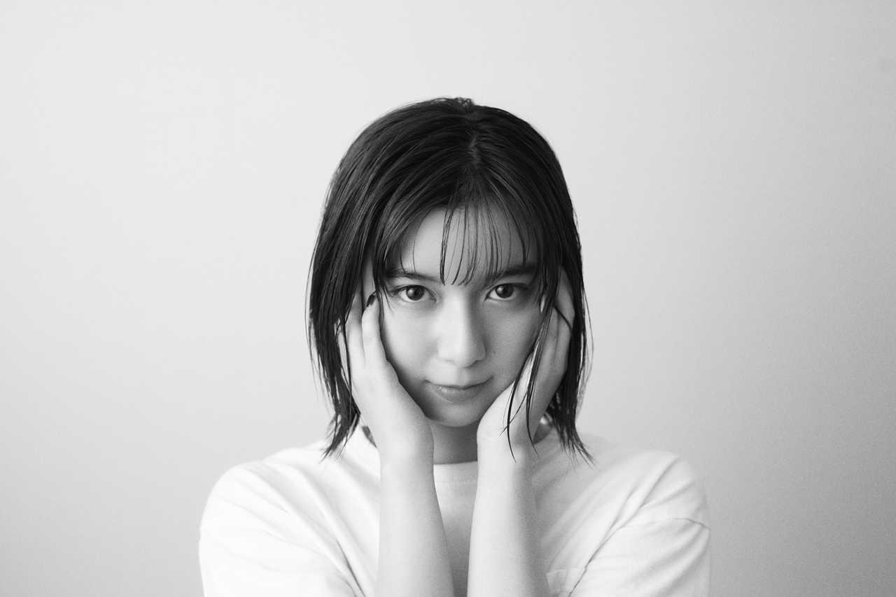 adieu(上白石萌歌) 、ソニーのフルサイズミラーレス一眼カメラα7Cとのタイアップ・コラボ発表!!