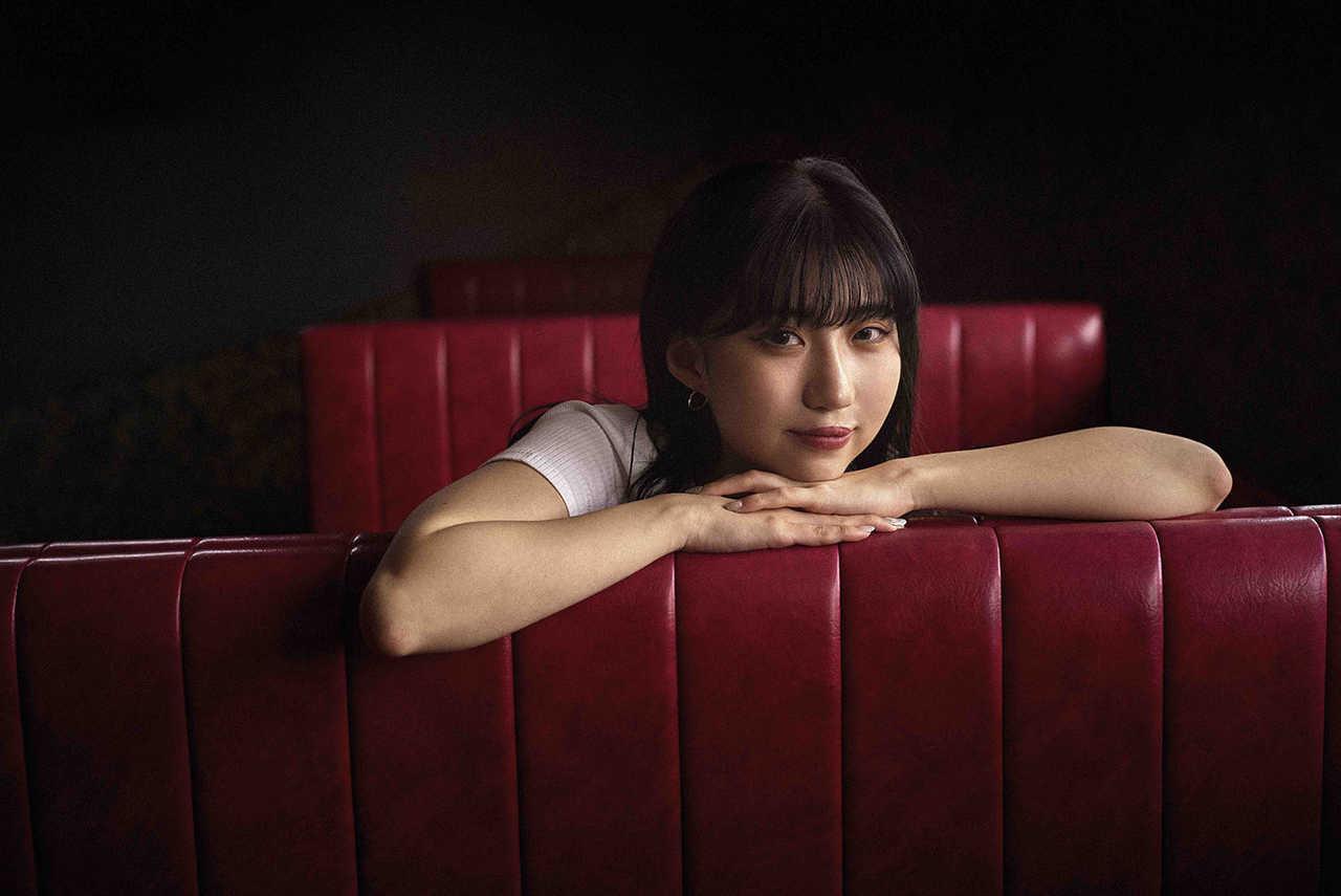 新世代アーティストeill デビューから注目を浴び続ける彼女の魅力とおすすめ楽曲を紹介!