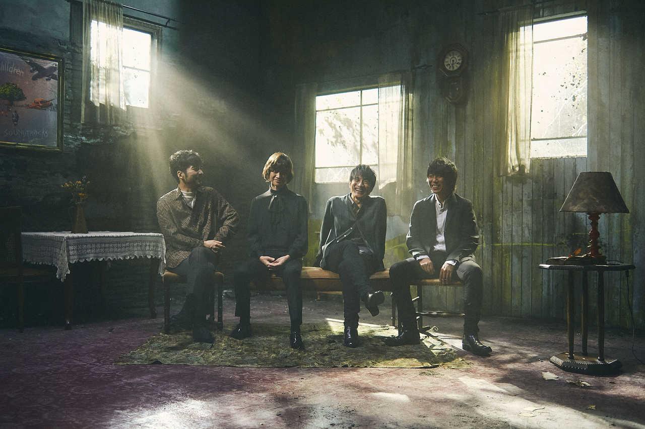 "Mr.Children 12/2発売 New Album「SOUNDTRACKS」より 「Brand new planet」from""MINE""の映像公開!"