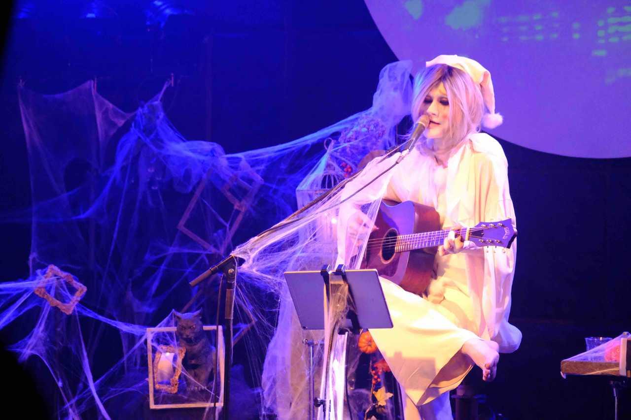 10月31日@配信ライブ『唄声喫茶 黒猫 HALLOWEEN NIGHT〜道化師の憂鬱〜』