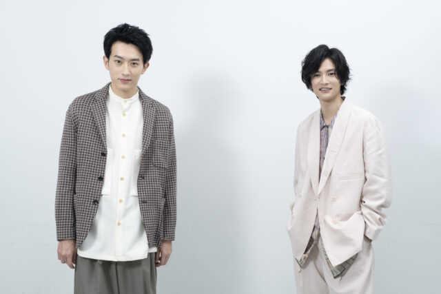 杉野遥亮(左)と渡邊圭祐 (c)「直ちゃんは小学三年生」製作委員会