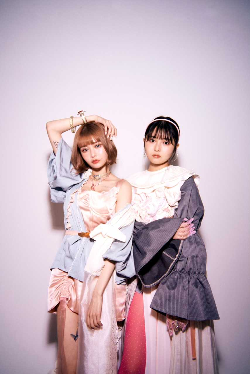 femme fatale(戦慄かなの・頓知気さきな)ケンモチヒデフミ作詞・作曲による新曲「鼓動」配信&MV公開!