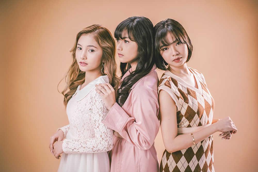 L→R AMY、JAN、COLEEN