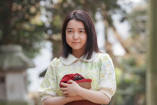 橘安子役の上白石萌音