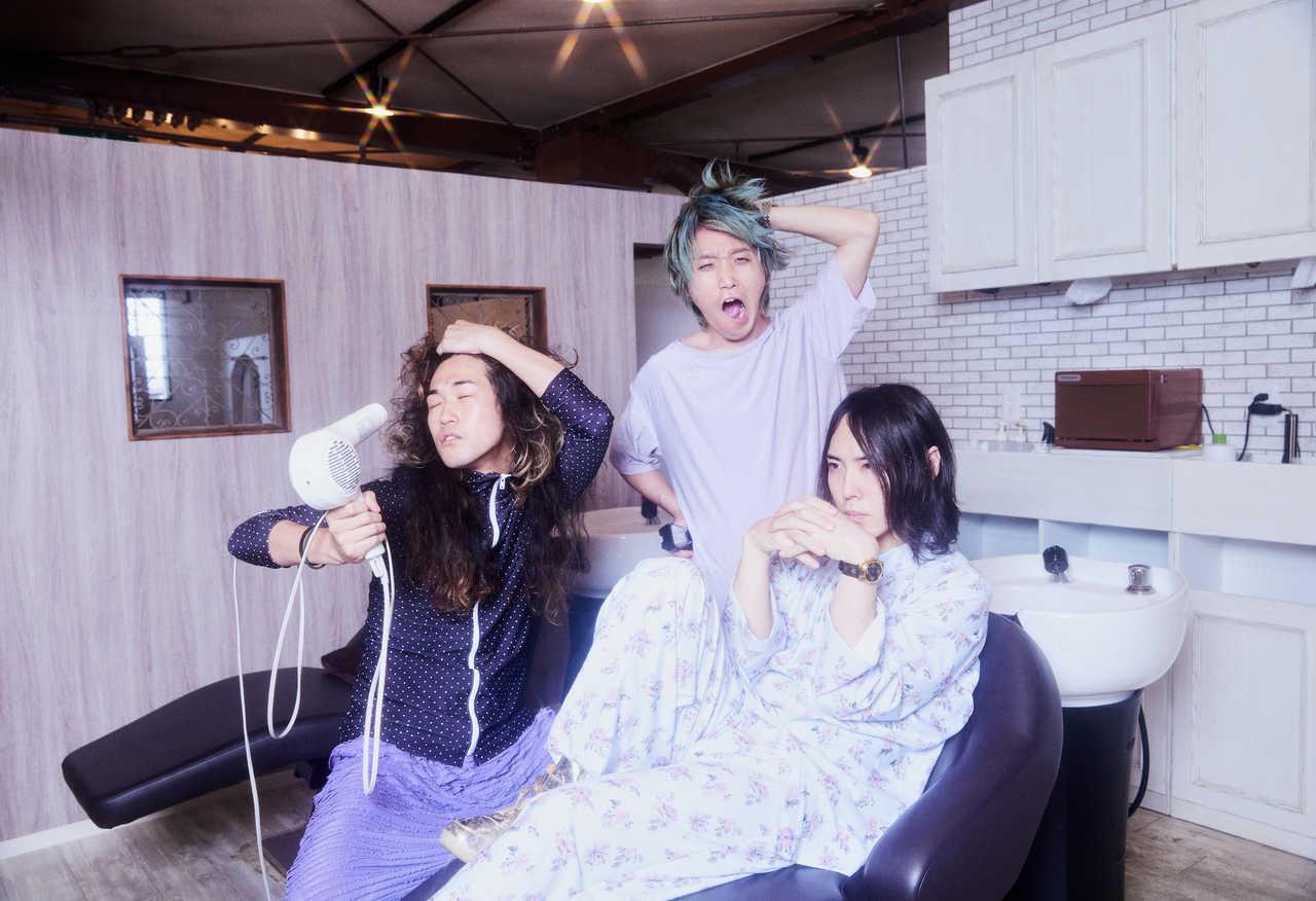 挫・人間、ニューアルバム発売日に渋谷クラブクアトロ ワンマンLIVEを開催!
