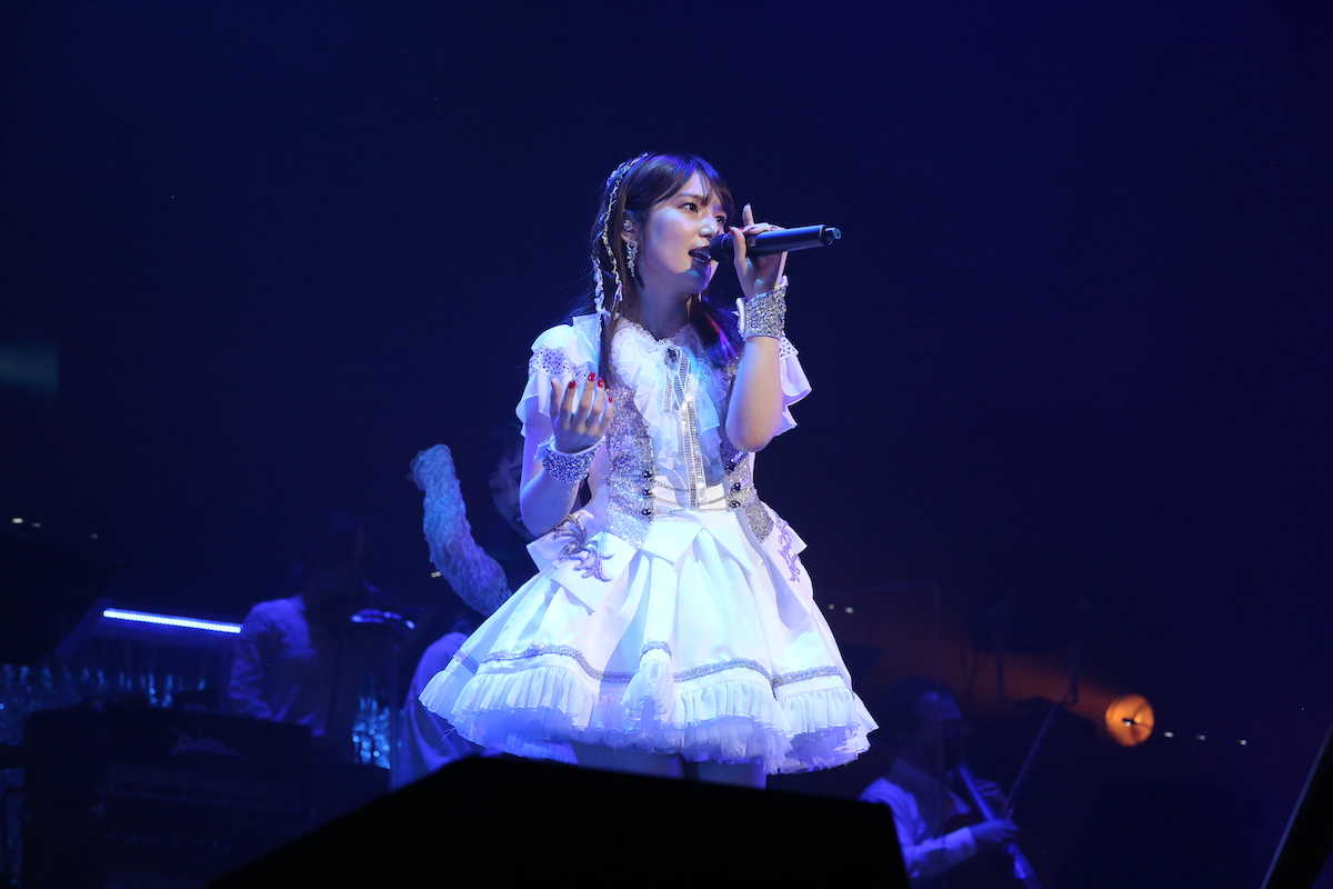内田真礼、2019年以来のライブを立川ステージガーデンで開催!【ライブ写真】