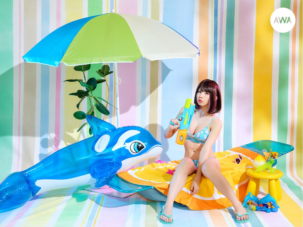 """日本一のコスプレイヤー「えなこ」が""""夏に聴きたい曲""""をテーマにプレイリストを「AWA」で公開"""