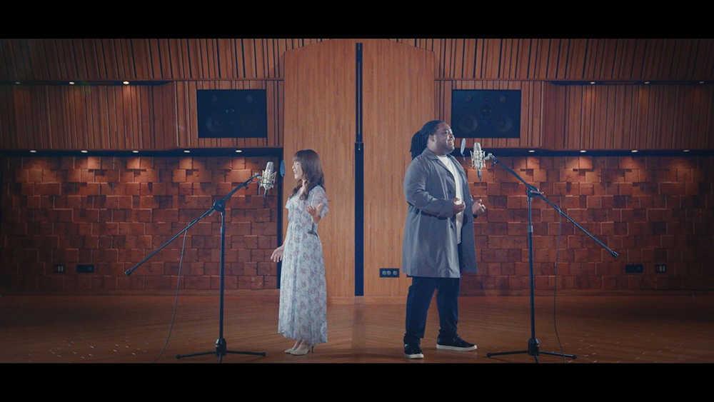 「君に会いたくなる夜は(duet with クリス・ハート)」MV