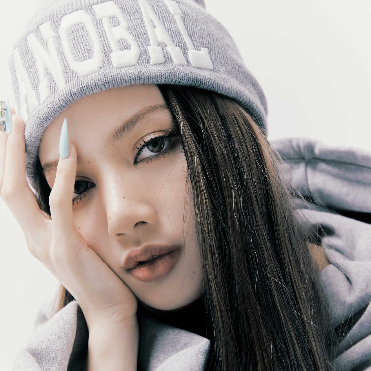 LISA(from. BLACKPINK)ソロデビューシングルが計66ヵ国のiTunesソングチャートでトップ!