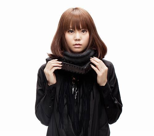 菅原紗由理1st Album『First Story』初回盤豪華DVDつきでリリース