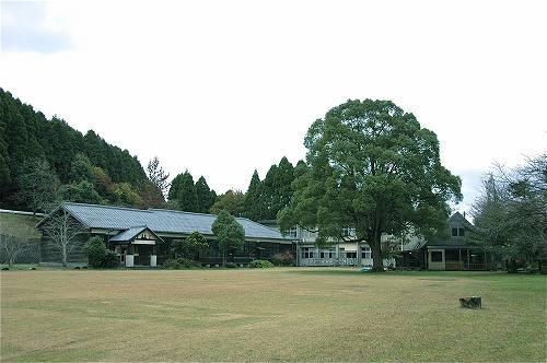 鹿児島郊外の小学校「川辺森の学校」を会場に新たな野外フェスが開催