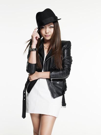 「徹子の部屋」に出演するアジアの歌姫、シャリース